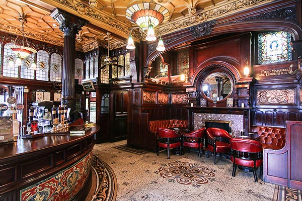 20 Beautiful Pubs Which Attract Lots Of Customers